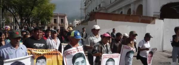 30 jul: Ayotzinapa en San Cristóbal de las Casas