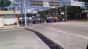 Bloqueo en el Parador del marqués en Chilpancingo