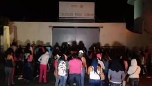 6 normalistas detenidos en Acapulco