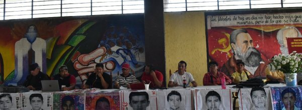 Ayotzinapa: 43 meses de injusticia, 43 meses de lucha