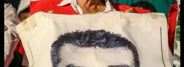 Parte don Bernardo Campos, padre de uno de los 43 de Ayotzinapa