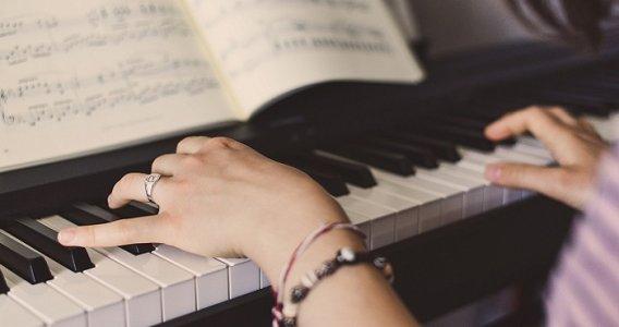 Bonus musica 2020, contributo fino a 200 euro per famiglie con ISEE entro i 30.000 euro