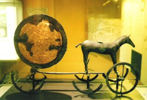 Chariot solaire. Copenhagen, Nationalmuseet.