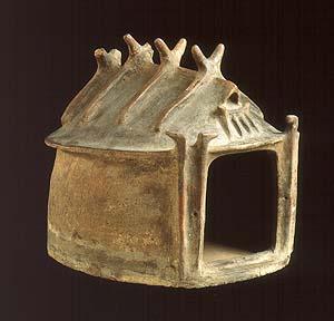 Urna a capanna da Castel Gandolfo - Montecucco, tomba A. Prima metà del IX sec. a.C. Musei Vaticani