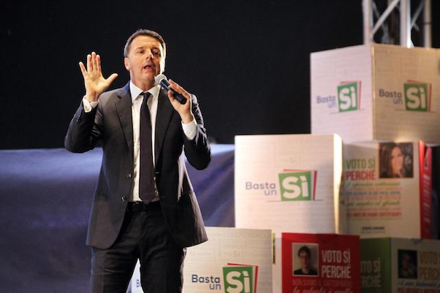 Matteo Renzi nella compagna referendaria