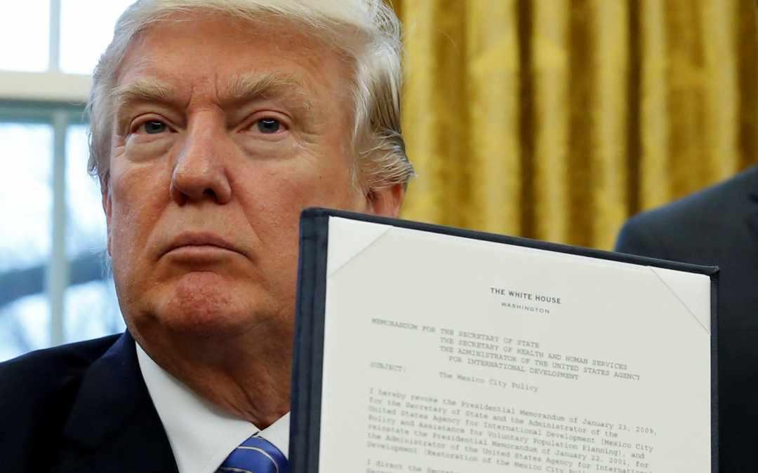 Tagli alle ONG abortiste: le polemiche dell'UE contro Donald Trump sono infondate