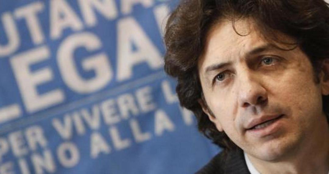 Eutanasia dj Fabo: l'ordinanza di imputazione per istigazione al suicidio a carico di Marco Cappato