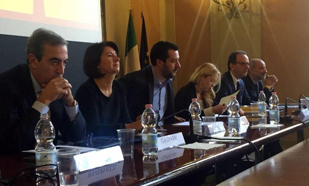 Forza Italia, Lega e Fratelli d'Italia aderiscono all'appello del Centro studi Livatino contro maternità surrogata e aiuto al suicidio. PD e M5S non hanno dato risposta