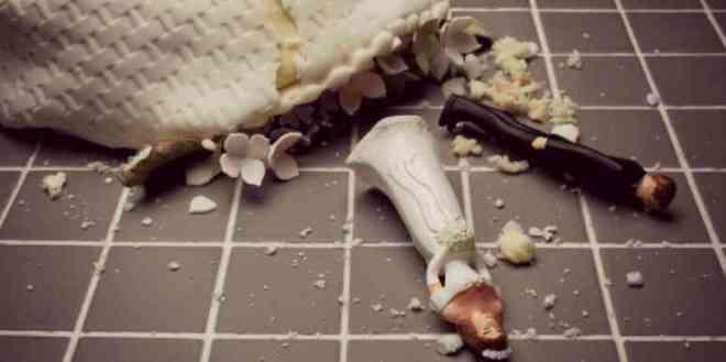 torta nuziale a pezzi