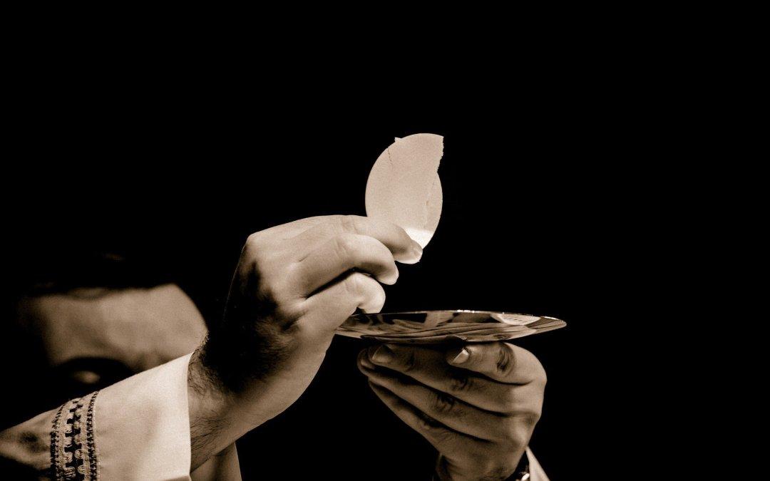 Il fondamentale diritto dei fedeli ai sacramenti