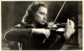 La violinista Pina Kalz