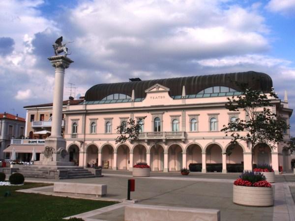 Gradisca d'Isonzo (Go). Nuovo Teatro Comunale