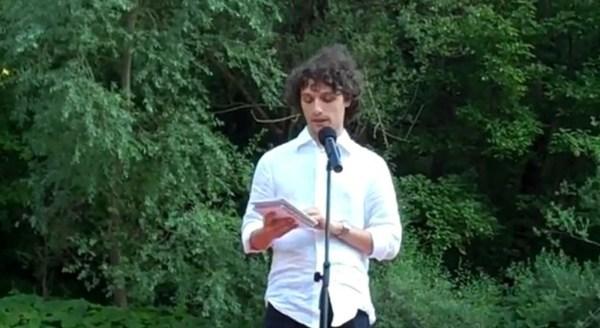 Gian Maria Annovi alla Golena del Furlo, La Zattera dei Poeti (2011)