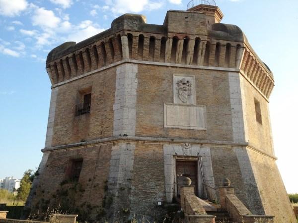 Ostia, la michelangiolesca Torre di San Michele