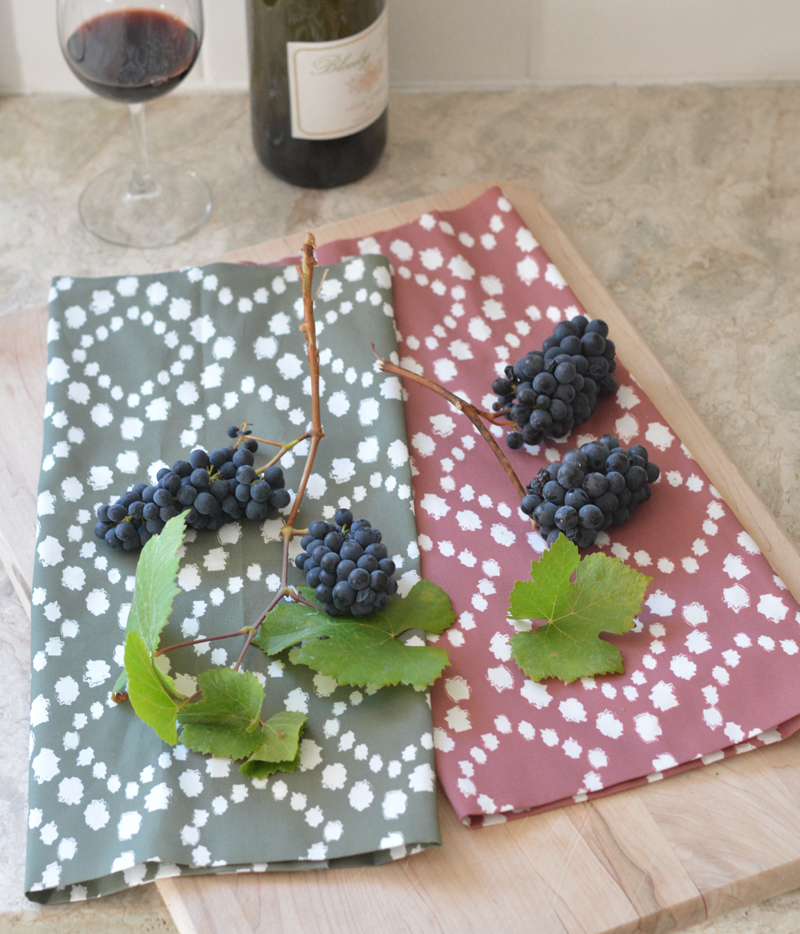 dotty kitchen towels and grapes