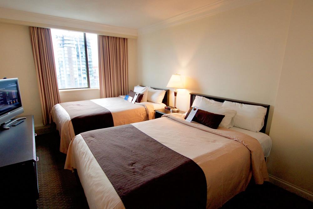 Century Plaza 1 bdrm suite twin