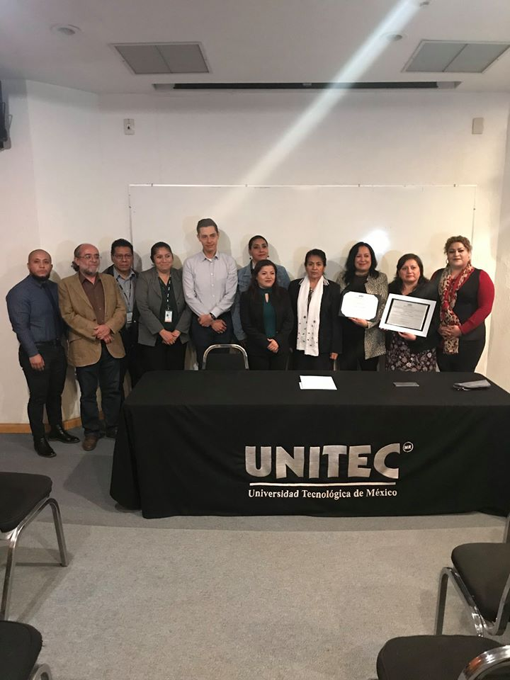 Entrega de acreditación a UNITEC campus Ecatepec