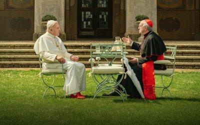 """""""I due Papi"""": due potestà, due canizie"""