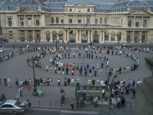 Anniversaire des dix ans du cercle de silence de Paris