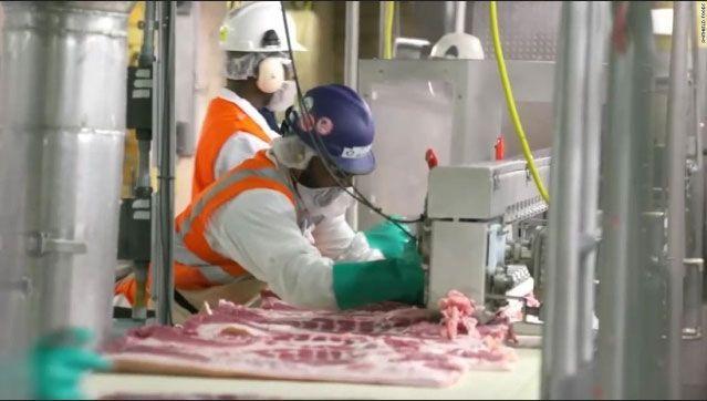 Riesgo de exposición al COVID-19 entre los trabajadores del procesamiento de carne y aves de corral