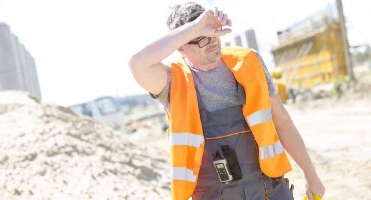 Advierten de los efectos de la temperatura en la seguridad laboral