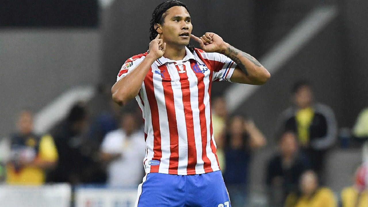 El Gullit Peña tuvo un corto paso por Chivas