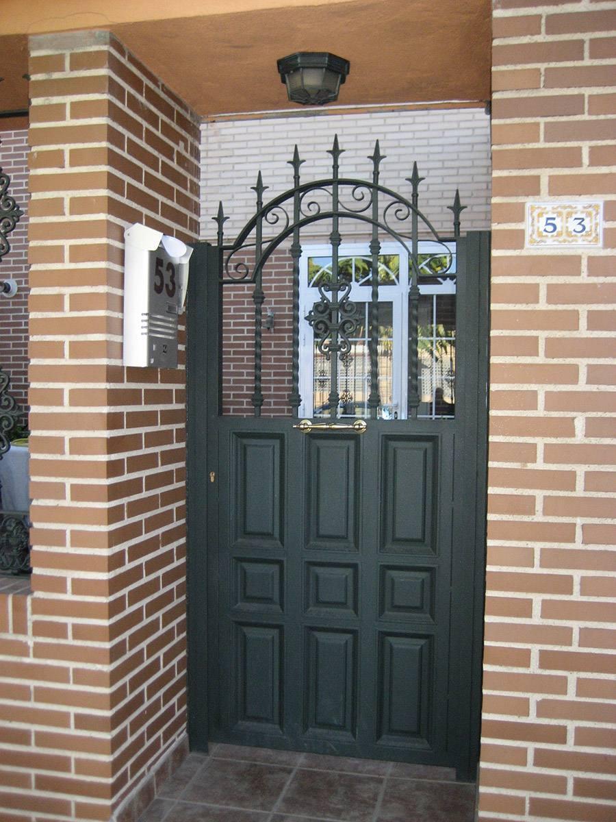 puertas de hierro modernas y de forja
