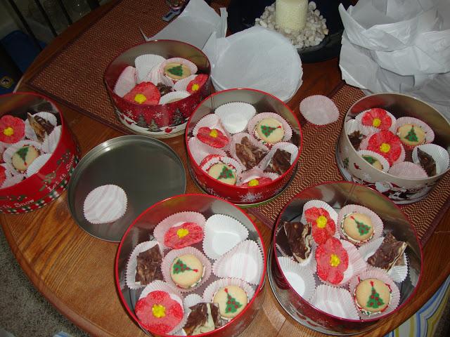 Tins Full Of Christmas Cookies