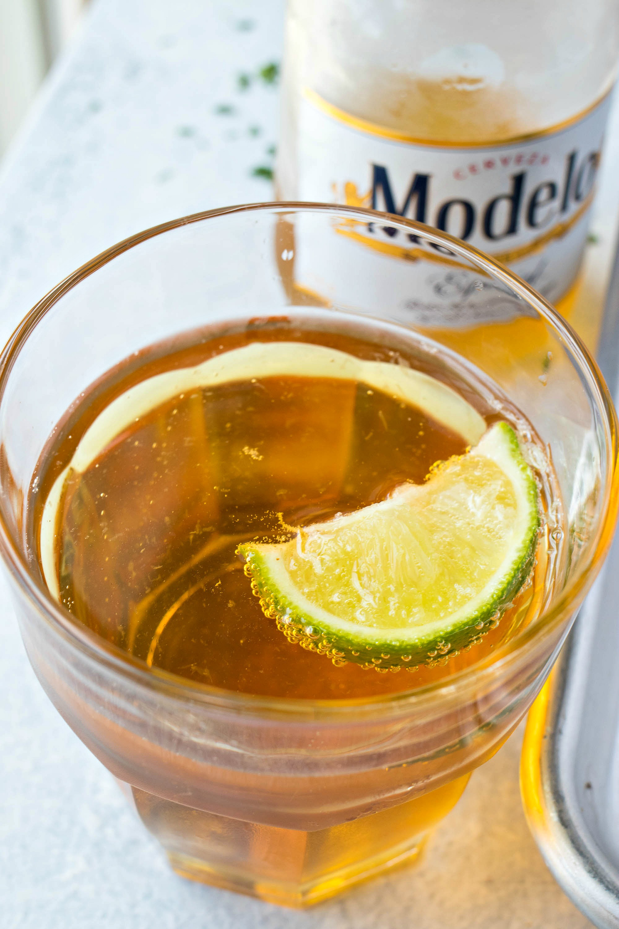 Glass of Modelo especial with a lime slice