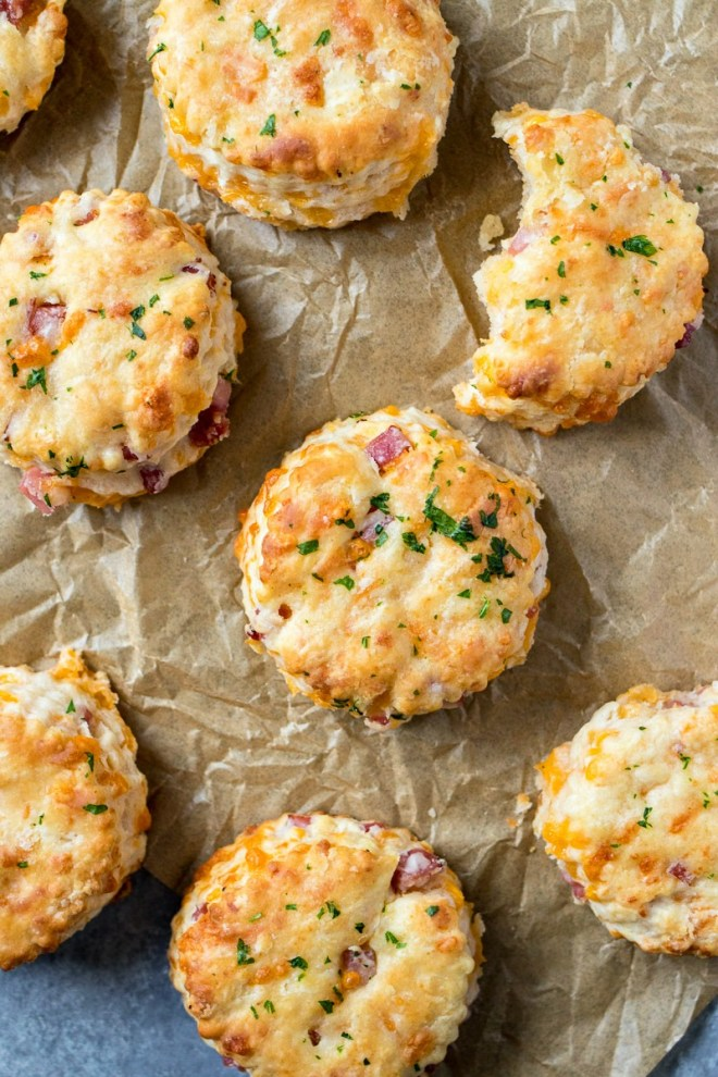 Ham & Cheese Biscuits - Buttermilk biscuits are loaded with ham & cheese and baked until they come out slightly crispy, yet incredibly fluffy
