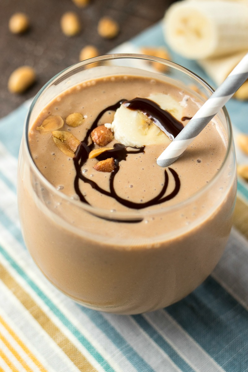 Chocolate Peanut Butter Banana Smoothie - Chocolate, peanut butter, banana, and frozen yogurt are blended together to make a killer afternoon snack