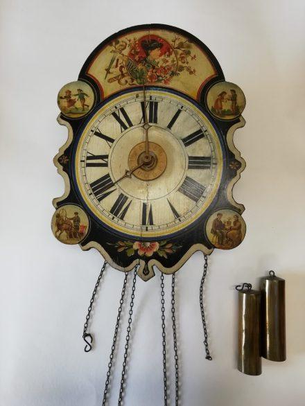 Imatge de l'abans de la restauració d'un rellotge ratera