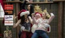 Předpremiéra komedie Matky na tahu o Vánocích pro všechny ženy, dívky a slečny