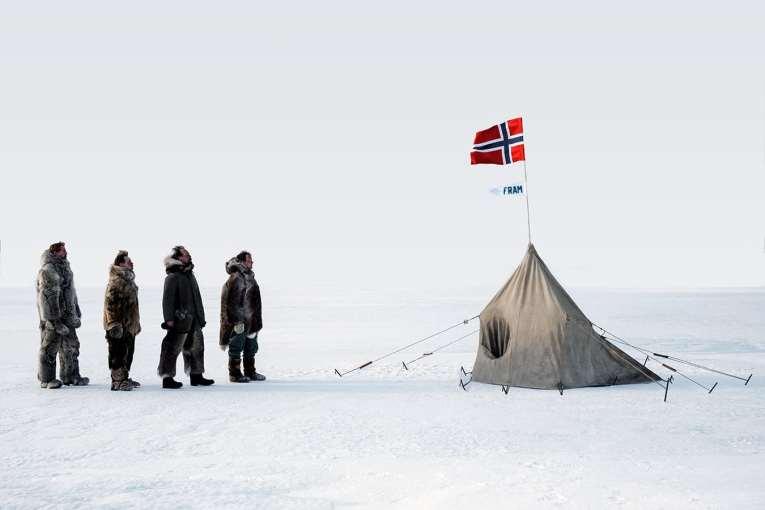 Amundsen_2019_foto_z_nataceni_09