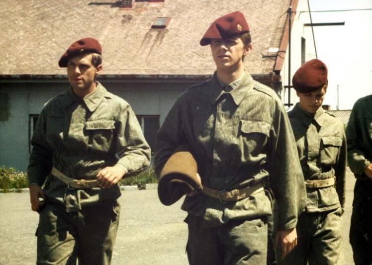 copak_je_to_za_vojaka_1987_foto_01