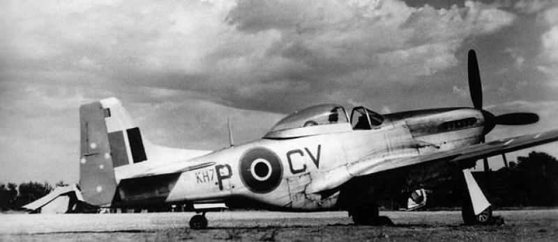 Marzo 1945, il P-51K Mustang dello squadron leader Murray Nash del 3° Squadron RAAF