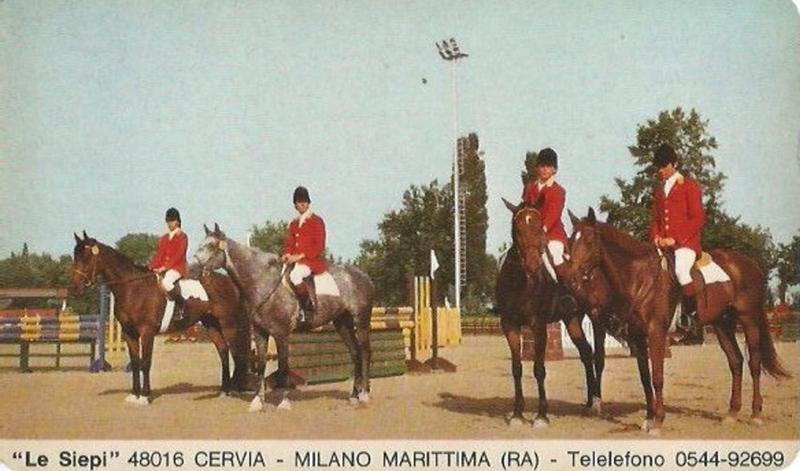 Milano Marittima in giacche rosse