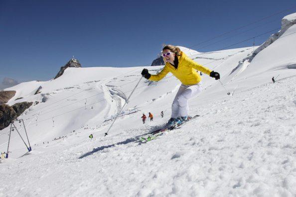Skiing in Cervinia (foto-Enrico-Romanzi)