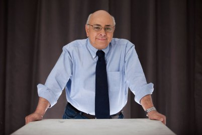 Juan Carlos Escotet Rodríguez: César Miguel Rondón