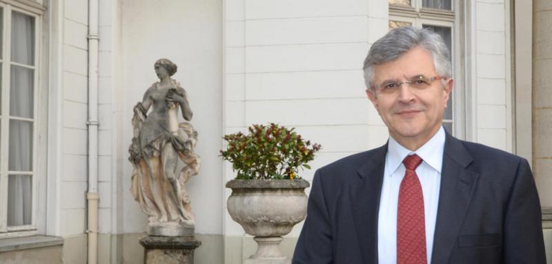 Patrice Bourdelais directeur de l'INSHS