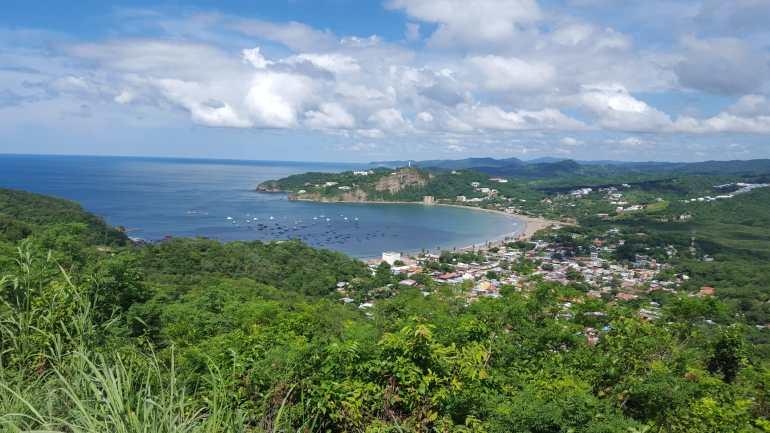 Paradise Bay - Cesi Pagano - Property location