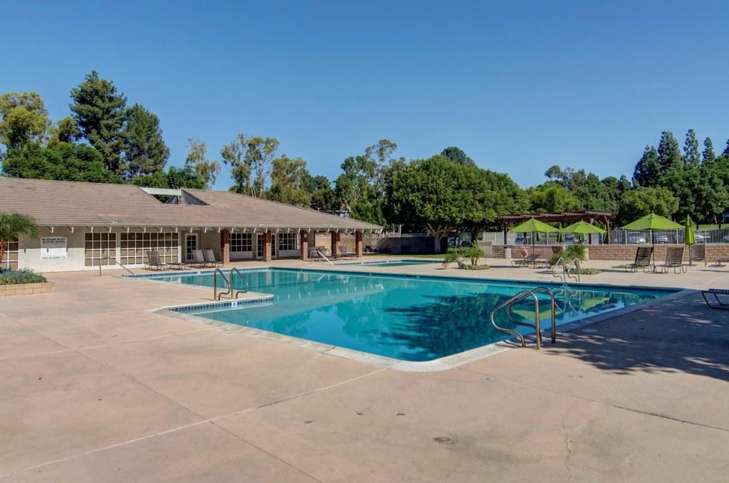 Pool Laguna Hills
