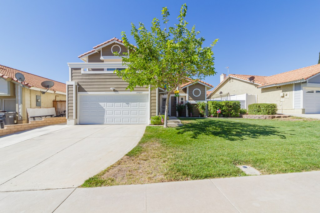 Front of Home Menifee