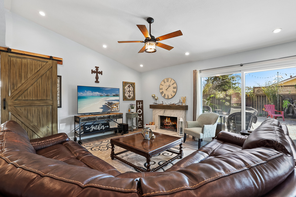 Great Room Mission Viejo