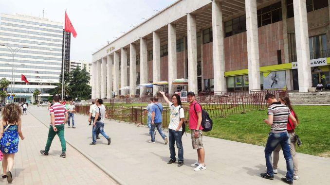 [object object] Vizesiz Gidilen Balkan Ülkeleri – Balkan Turu Rehberi Arnavutluk Ulusal Opera ve Bale Tiyatrosu 678x381