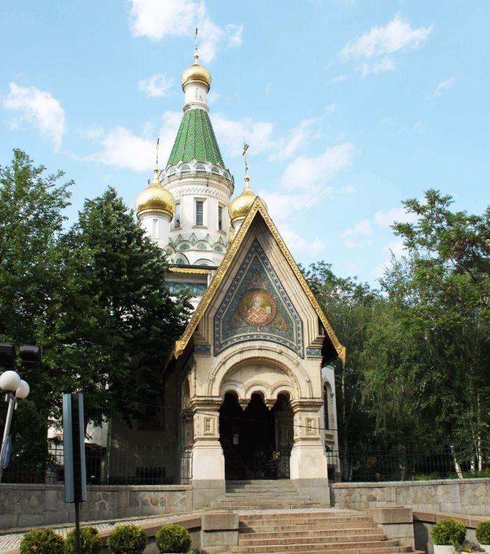 Bulgaristan Sofya Sveti Nikolay Mirlikiiski Rus Kilisesi  Sofya Gezi Rehberi Bulgaristan Sofya Sveti Nikolay Mirlikiiski Rus Kilisesi 696x786