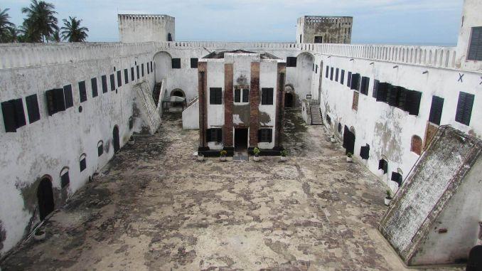 Elmina Kalesi, Gana ziyaretçilere açık 7 eski hapishane Ziyaretçilere Açık 7 Eski Hapishane Elmina Kalesi Gana 678x381