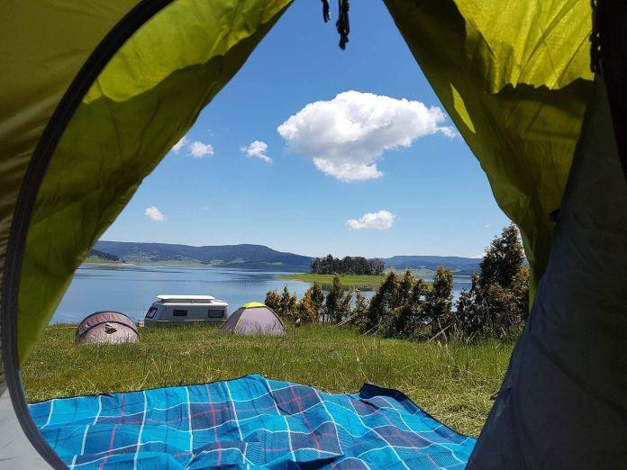 Bulgaristan Batak Gölü Çadırımızdan Manzara  Bulgaristan | Batak Gölü Gezi Rehberi Bulgaristan Batak G  l     ad  r  m  zdan Manzara