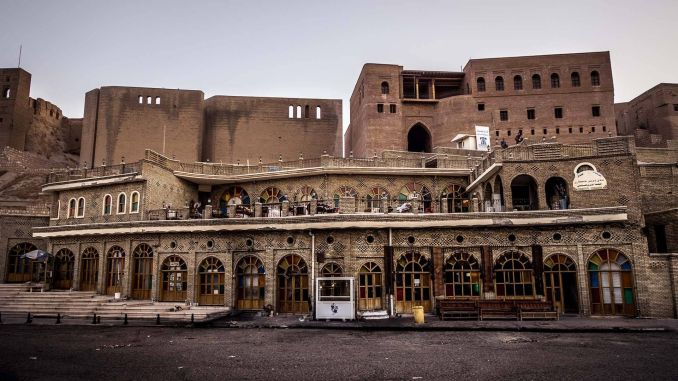 Erbil Kalesi, Irak dünyanın en eski yerleşim yerleri Dünyanın En Eski Yerleşim Yerleri Erbil Kalesi Irak 678x381