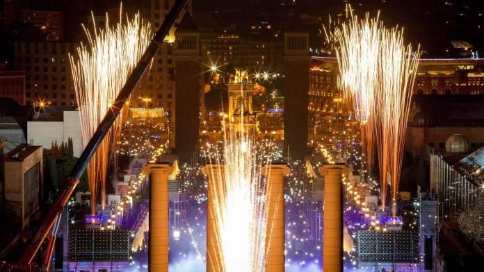 Ve Barselona 2018 yılbaşı'nda yurt dışında gidilecek yerler 2018 Yılbaşı'nda Yurt Dışında Gidilecek Yerler Ve Barselona 696x392